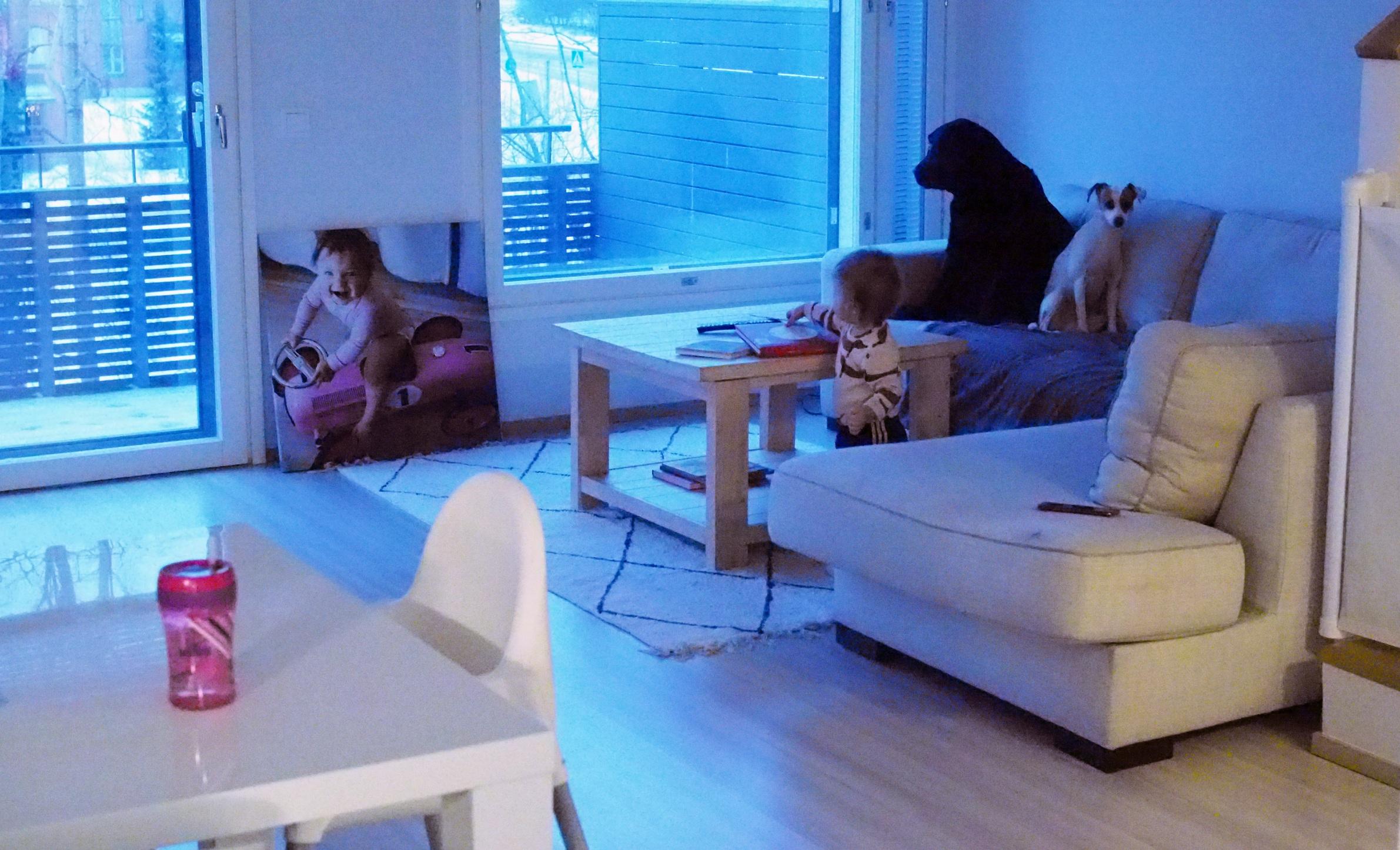 Kurkistus keskeneräiseen kotiimme