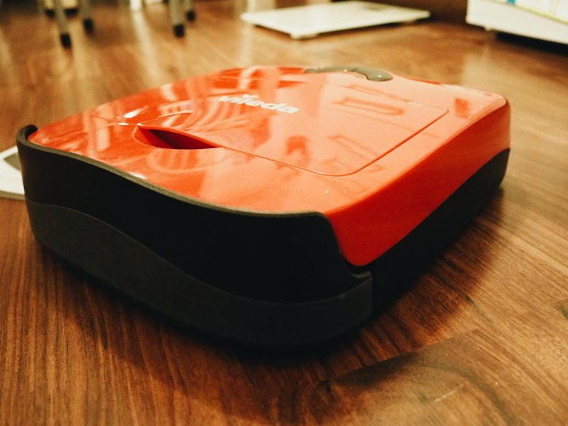 Testissä Vileda Robot VR 101