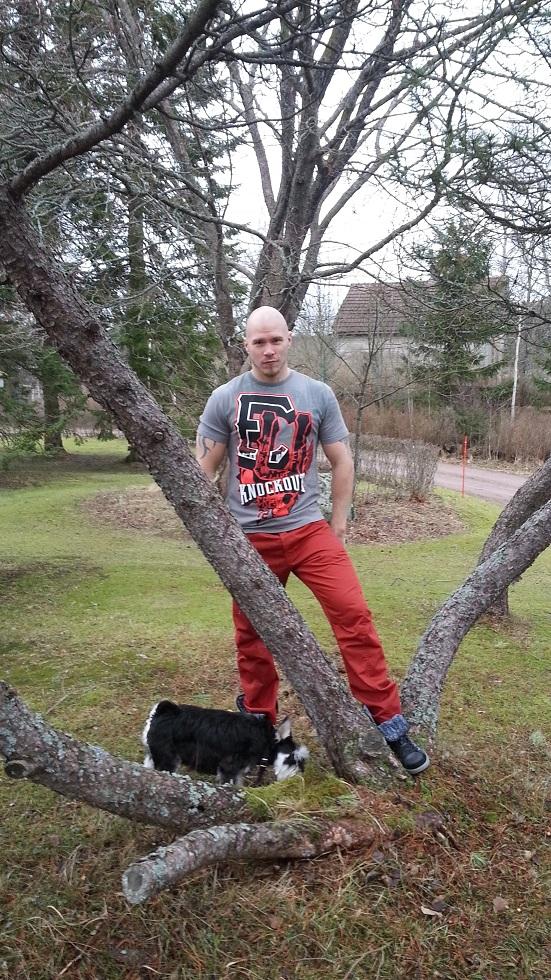 Metallisydän muodin huipulla - Ecko MMA Amped Up