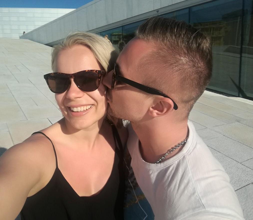 ALWAYS KISS ME GOODNIGHT!
