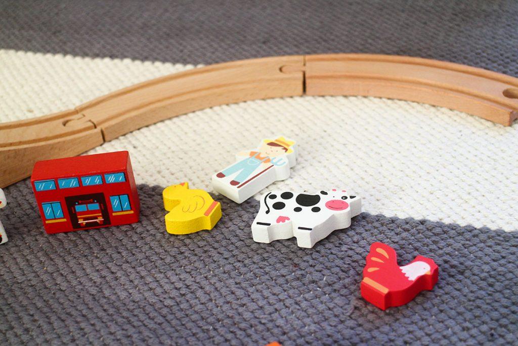 junarataeläimiä