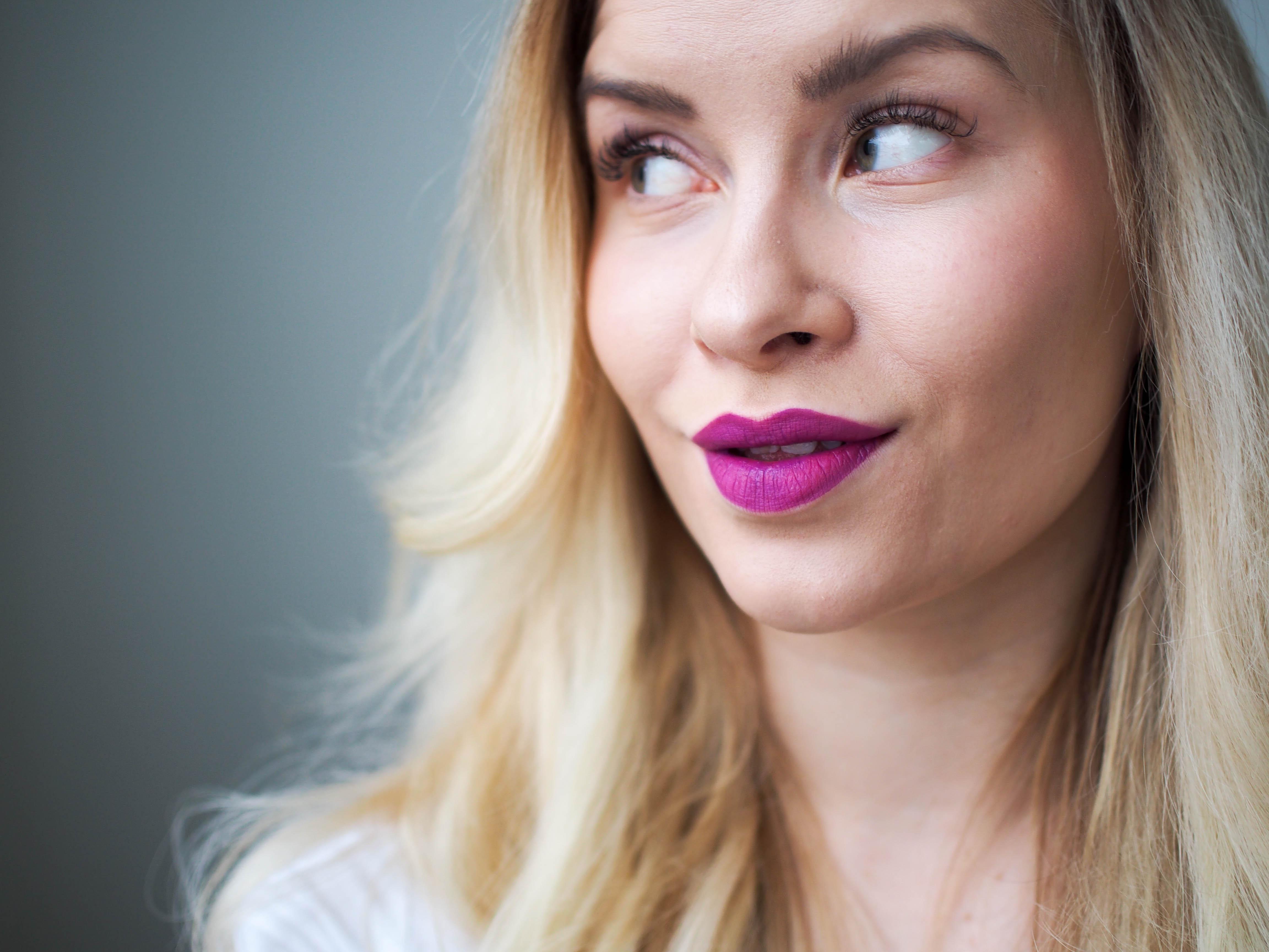 loreal-infallible-lip-paint-matte-207-wutherning-purple
