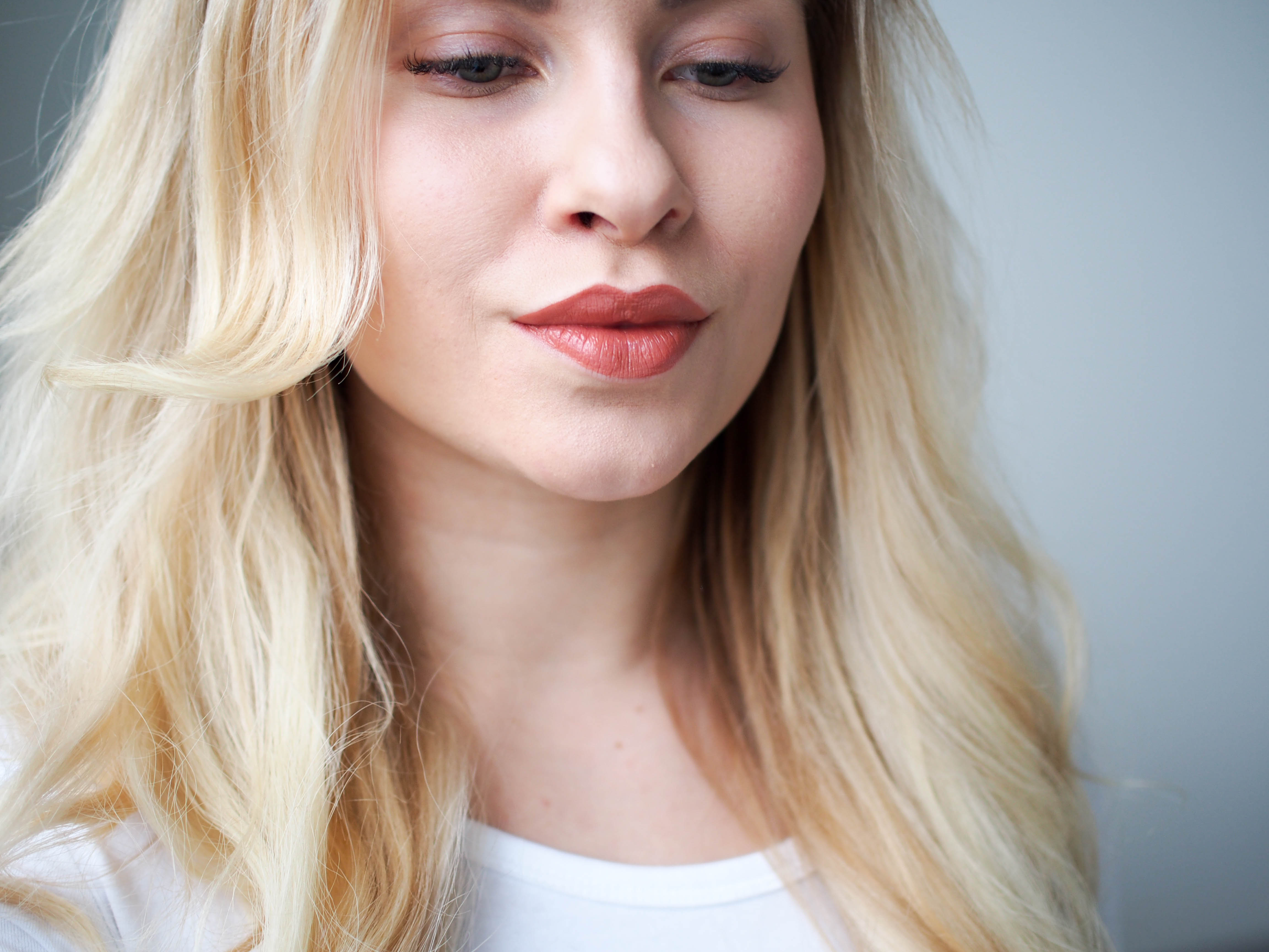 loreal-infallible-lip-paint-101-gone-with-the-nude-lacquer