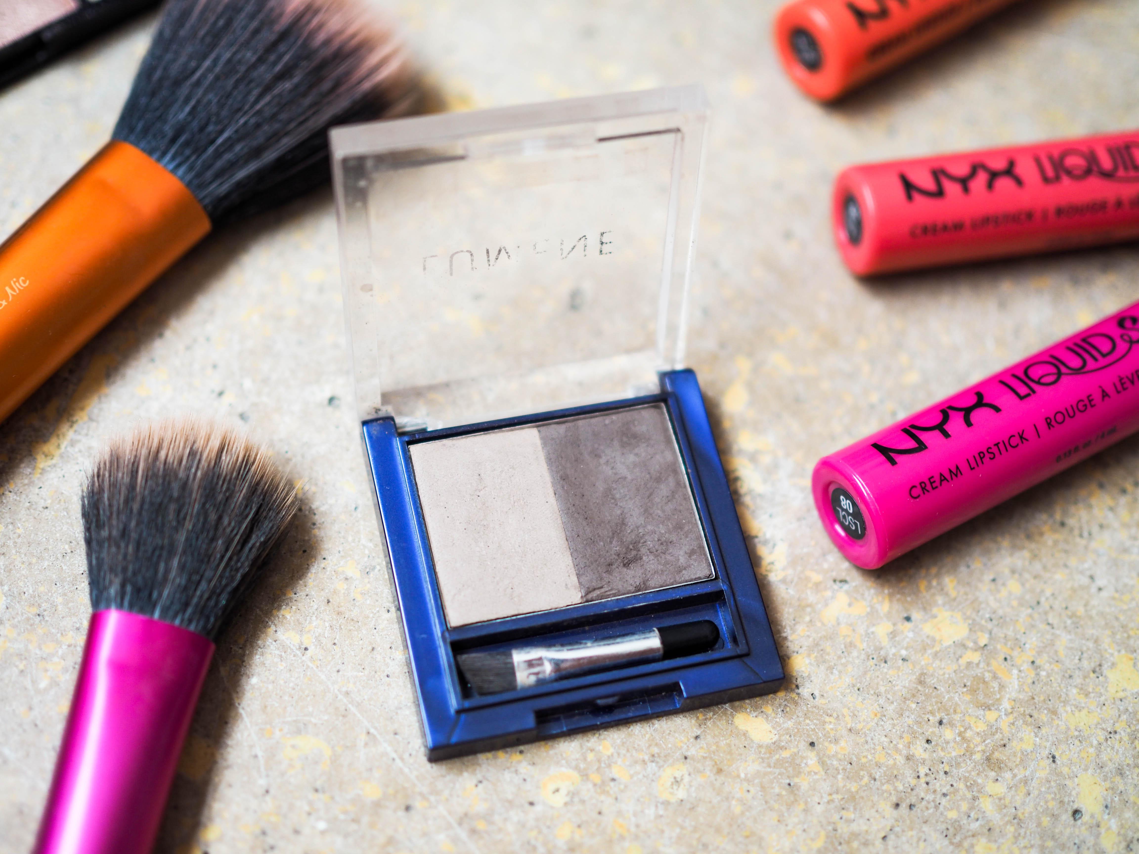 Blueberry Longwear Eyebrow Powder