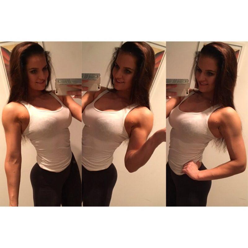 Lihaksia naisella