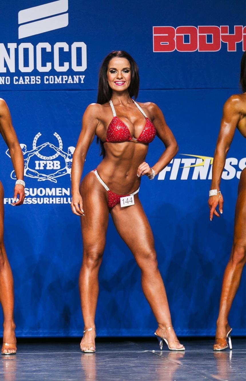 fitnessclassic2017-bikini-pauliinapakarinen