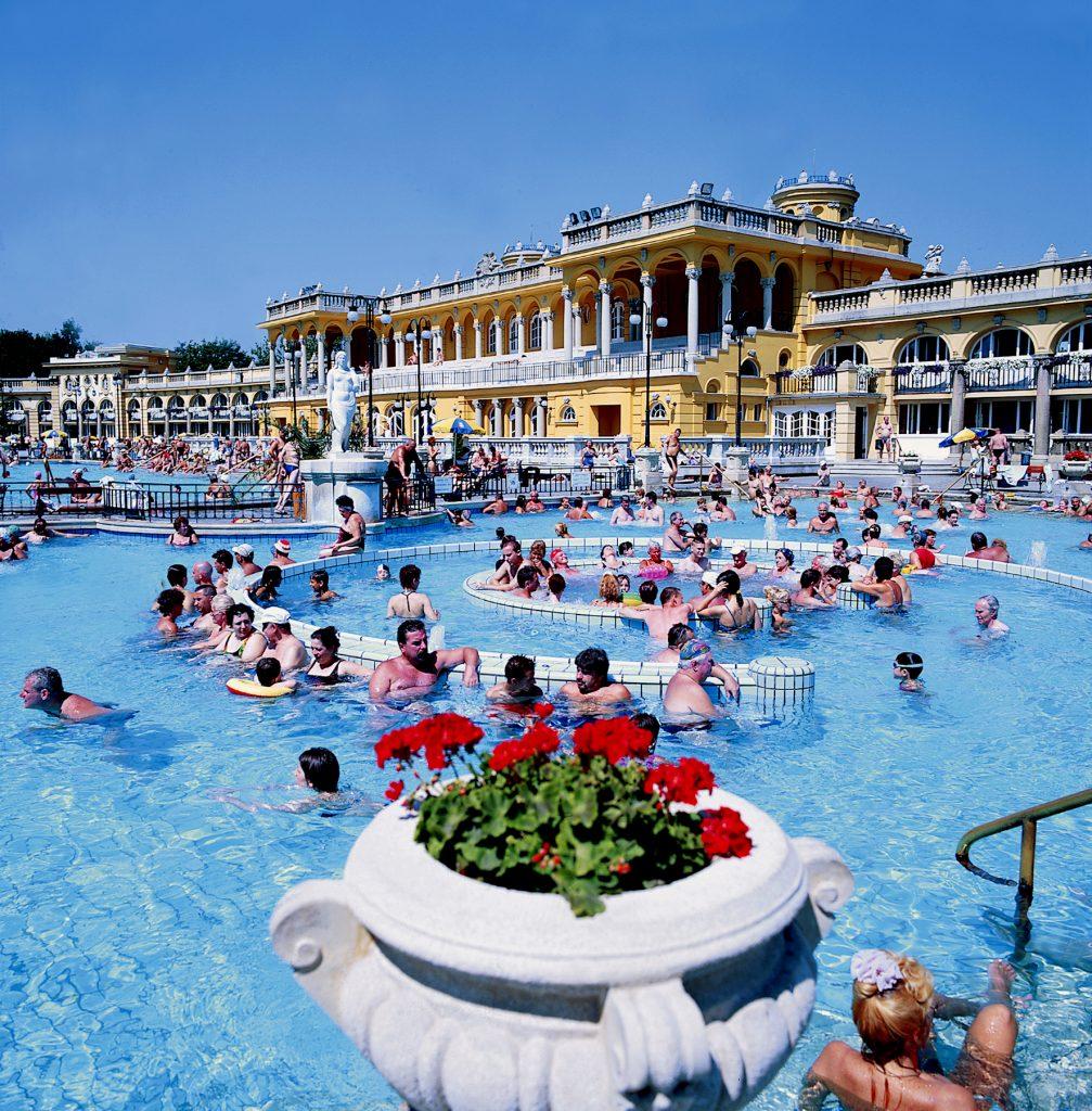 Unkari kylpylä