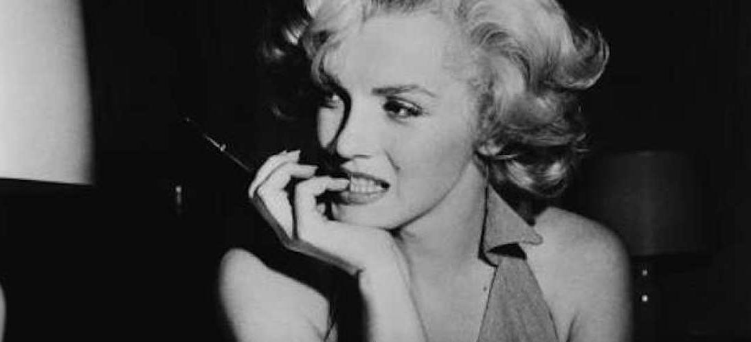Marilynmonroe-Naisellisuudenkorostaminen
