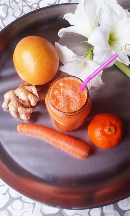 Virkistävä välipala smoothie sitrushedelmistä