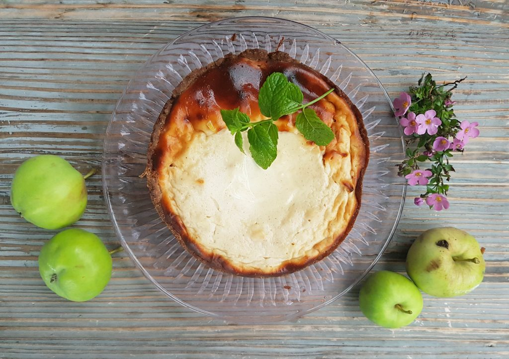 """Uunissa paistettu omena""""juustokakku"""" (GL) ja tunnelmia Halti Outdoor wknd vaellukselta!"""