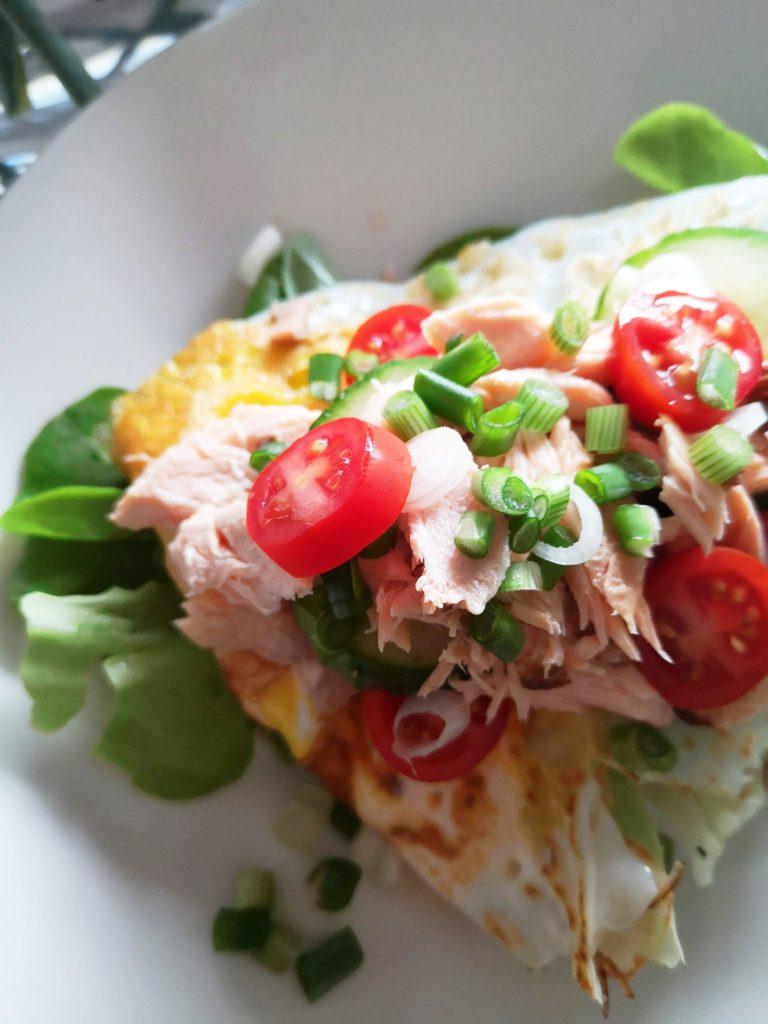 Hävikkiviikko - muhkea lounasleipä jääkaapin jämistä