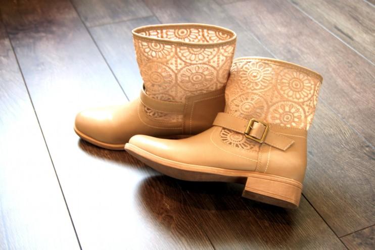Anna Field ei ollut mulle entuudestaan tuttu merkki. Mutta superhalvalla sain kauniit ja mun jaloille sopiva kengät. :)