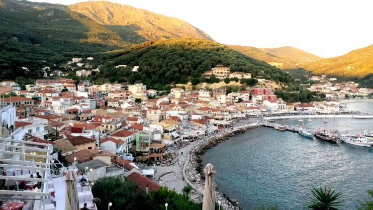 Pargan edustalla sijaitsee venetsialainen linnoitus, jolta on kauniit maisemat Pargan ylle.