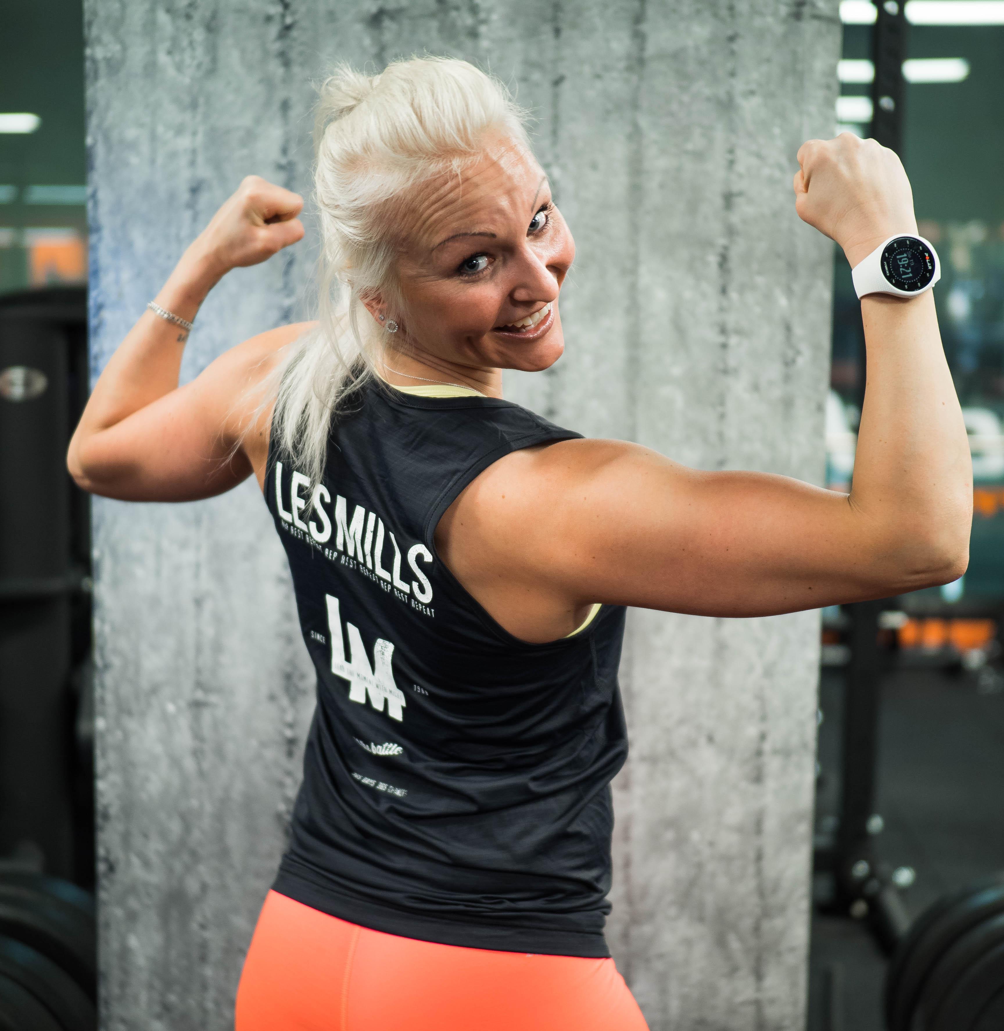 Kesää kohti: toiminnallinen vatsatreeni ja Jukan valmennus!