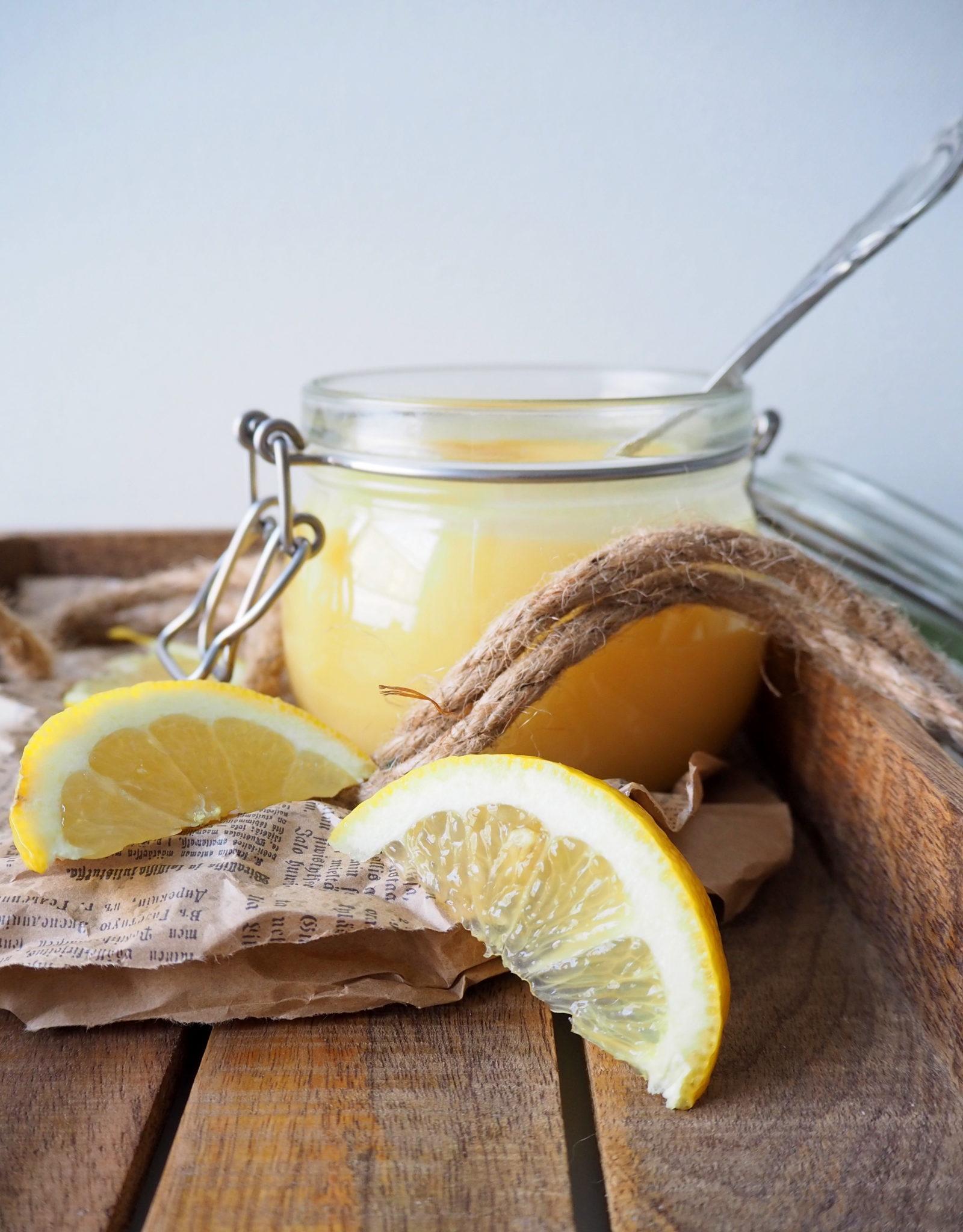 Lemon curd mikrossa - mikroleivontaa