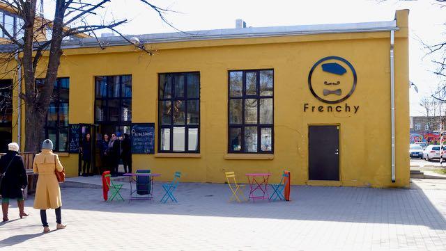 Frenchy on kuin pieni Pariisi - hyvää ruokaa,hyviä juomia ja hauska sisustus