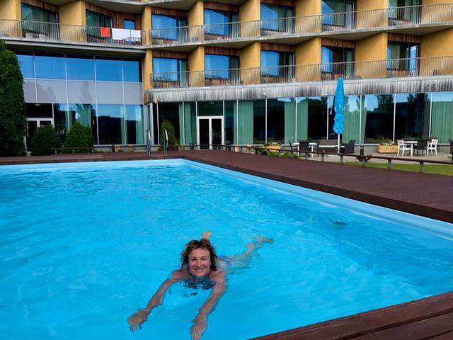 Hieronnan jälkeen sauna ja uinti tuntui hyvältä.