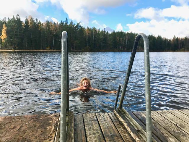 Hanna ui lammessa