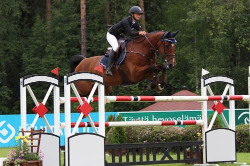 Vai että oikein kilpailut meneillään! Kuvassa Miisa Pulkkanen - Bardot. Kuva: SRL/Heidi Lammi