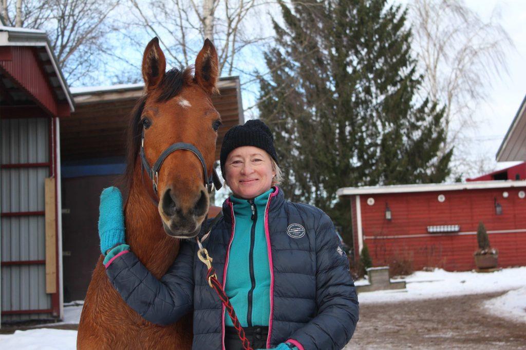Meidän Pikku Hilppa ja crazy horselady.
