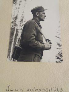 Appeni Olli Heiskanen sodan jälkeen RUK:n pidettynä kouluttajana.