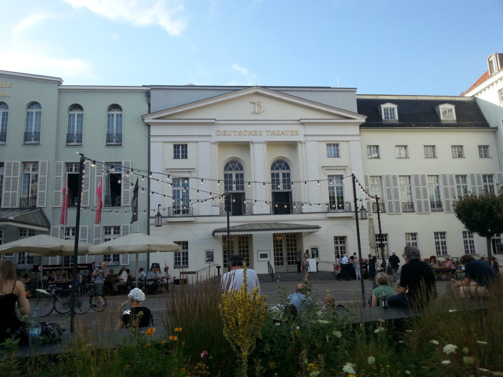 Deutsches Theater 1