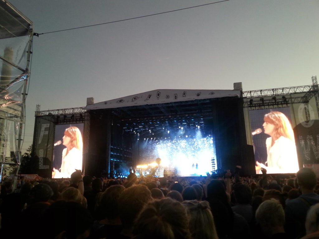 Florence and the Machine Flowssa 1