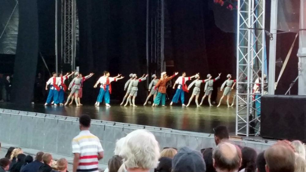 kiinalainen balettiryhmä 1