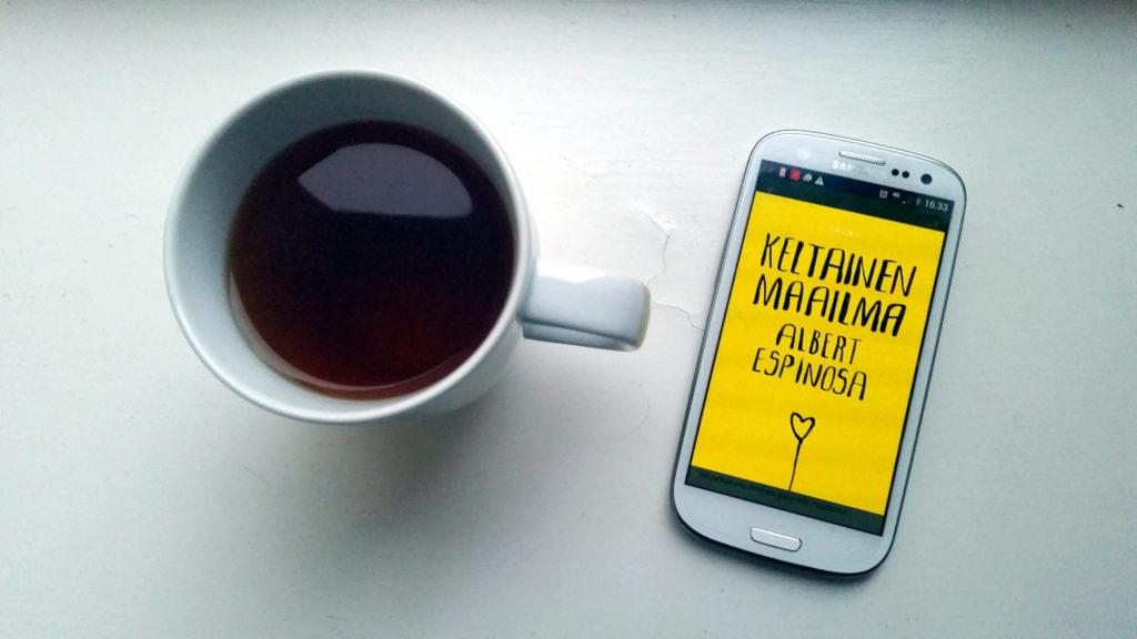 keltainen maailma ja teekuppi 1