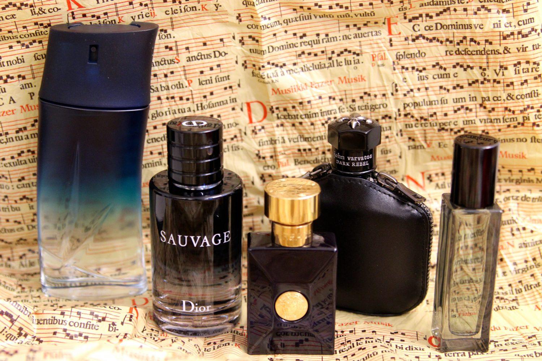 Kenzo Homme EdP 72 e Dior Sauvage EdT 173,90 e Versace Dylan Blue 53 e John Varvatos Black Rebel EdT 98 e, Mr. Burberry 58 e