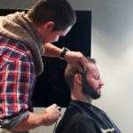 Miehen parta timmiin
