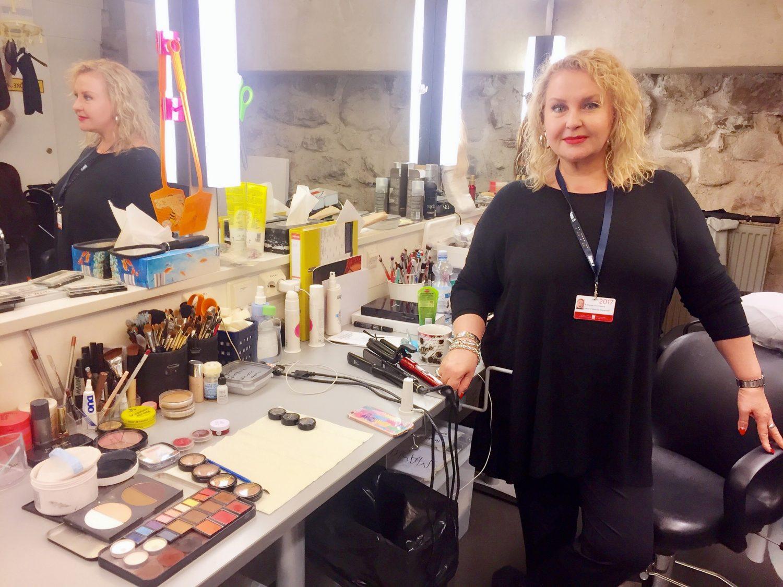 Kaarina Kokkonen johtaa viidettä vuotta Savonlinnan Ooperajuhlien maskeeraustiimiä.