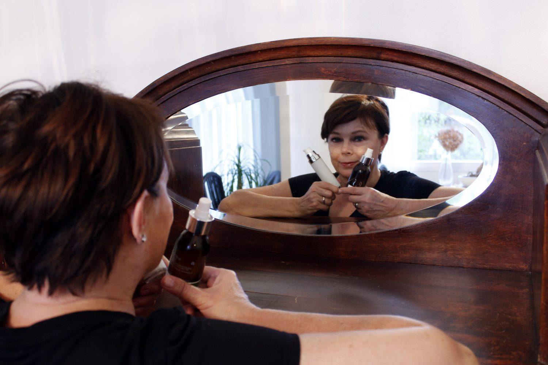 Aikuinen iho pysyy kunnossa myös yksinkertaisella hoidolla kun tuotteet on valittu oikein
