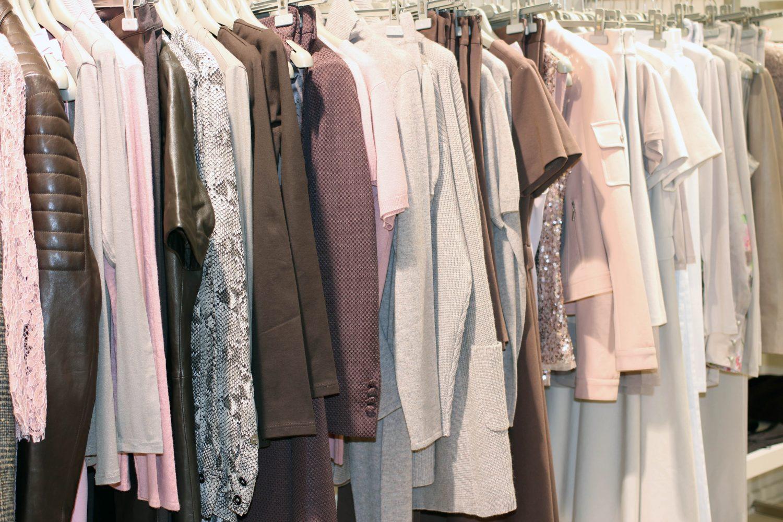 Pitäisikö ostaa halpamaan vaatteita vai boikotoida?