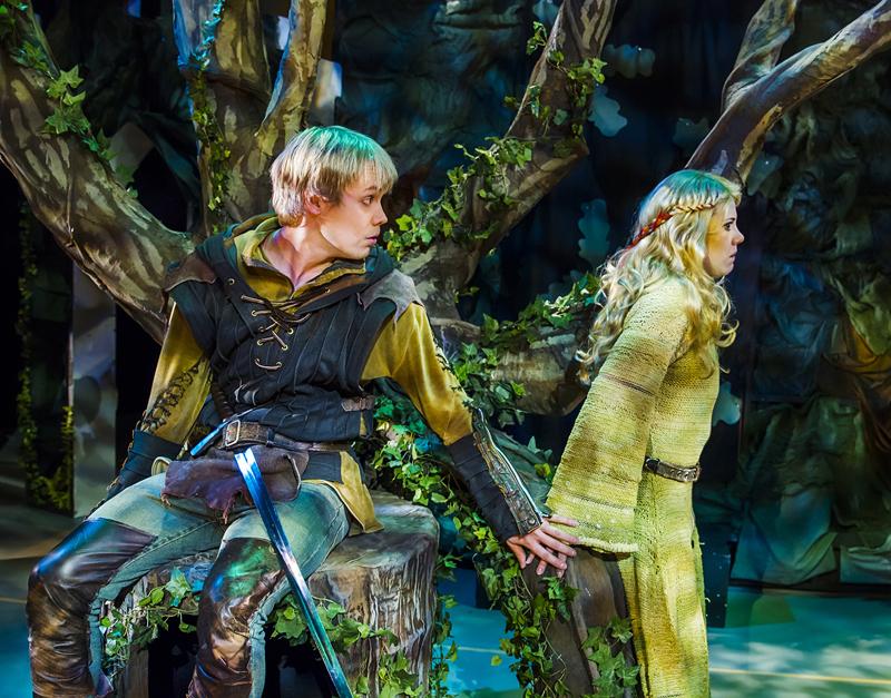 Kouvolan tatterin Robin Hood opettaa lapsille kelpo kapinaa