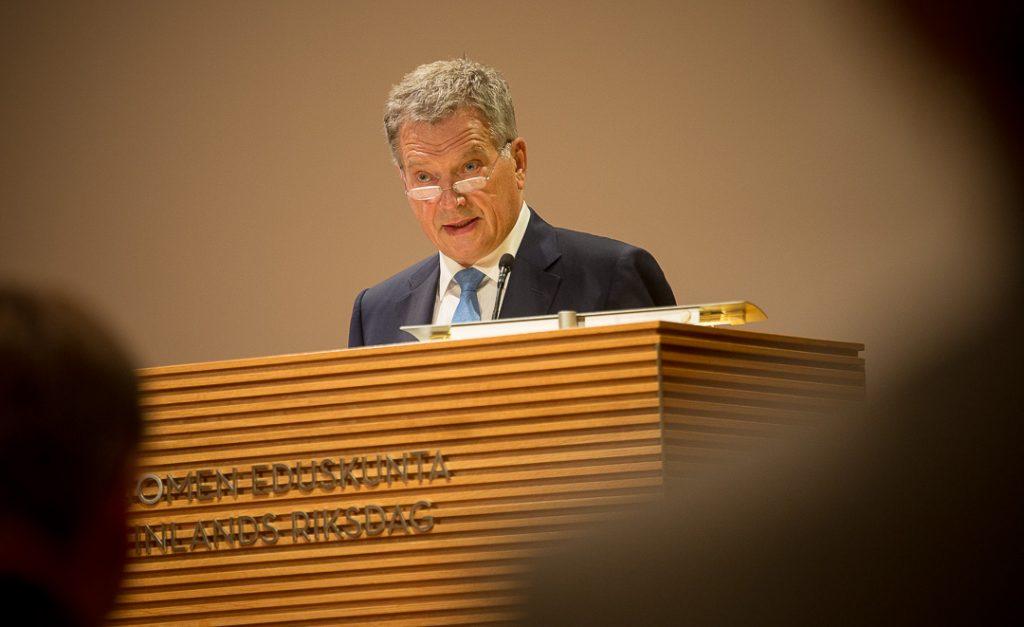 Presidentti Niinistö puhui suurlähettiläille Eduskunnan Pikkuparlamentissa 23.8.2016. Kuva: Matti Porre/Tasavallan presidentin kanslia