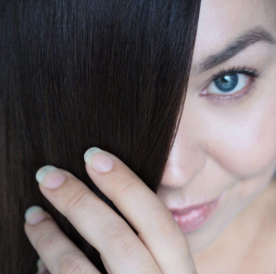 Pitkät hiukset lesbo seksiä