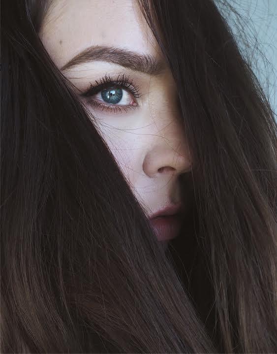 pitkät hiukset nopeasti