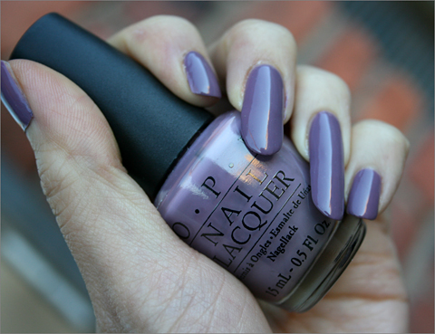 Maailman kaunein violetti kynsilakka