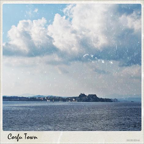 Säätiedotus Korfu: myrskyä, tuulta, sadetta...
