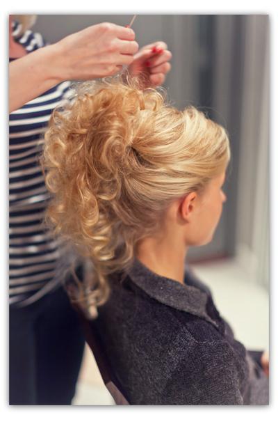 Ompele hiuksiisi uuden vuoden juhlakampaus