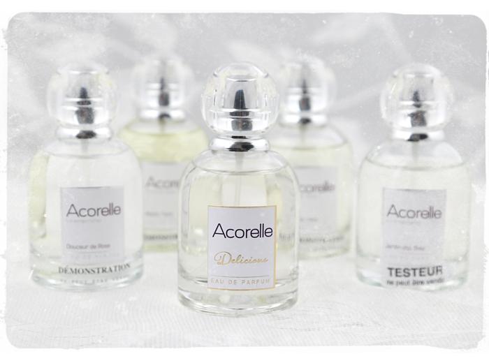 """Acorellen uudet tuoksut - """"hullaannuin mä manteliin"""""""