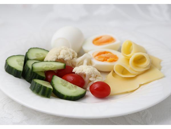 Induktioviikko1_keskiviikko_aamiainen