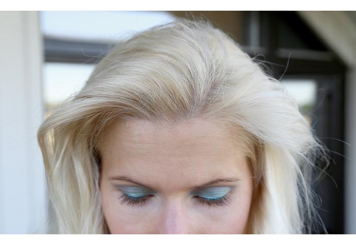 Violetinhuuruisia hiuskuulumisia