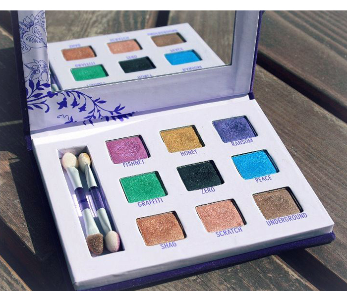 UrbanDecay_Deluxe_paletti