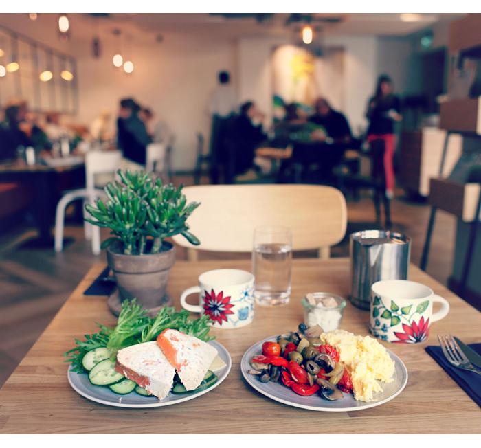 Indigo_hotelli_aamiainen