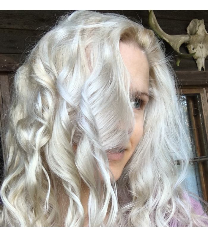 Fudge Clean Blonde shampoo hiukset