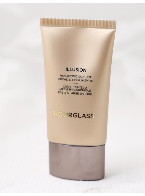 Hourglass_Illusion_IMG_4316