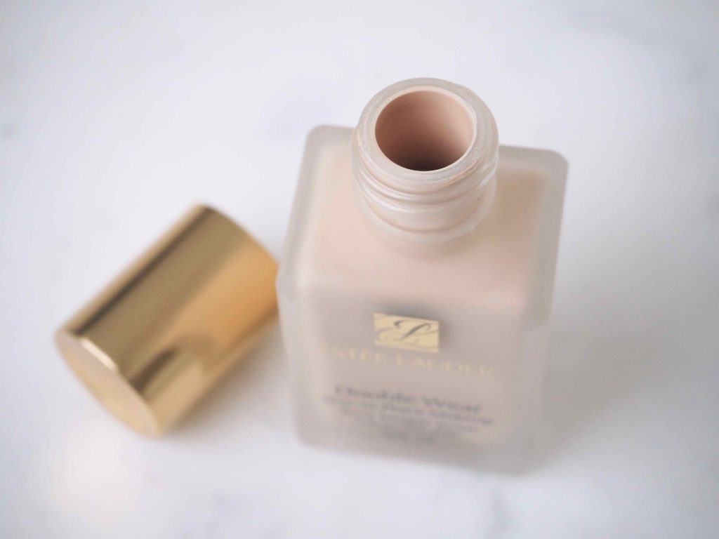 Estee Lauder Stay-in-Place Makeup