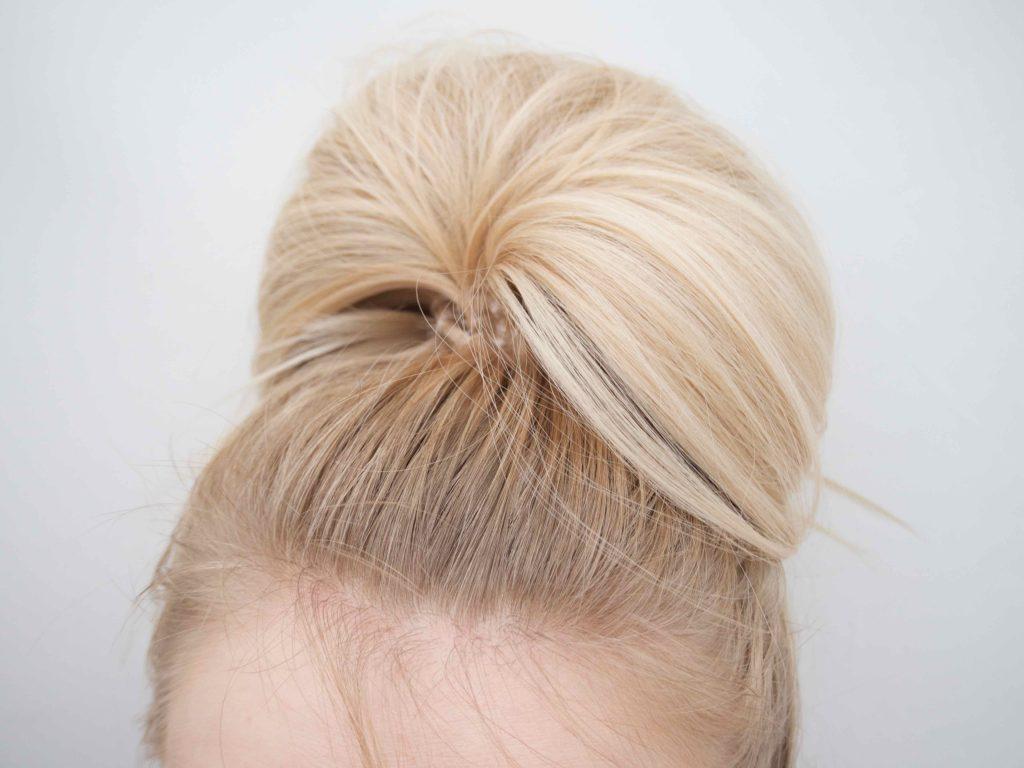 Ostolakossa hiusten väri